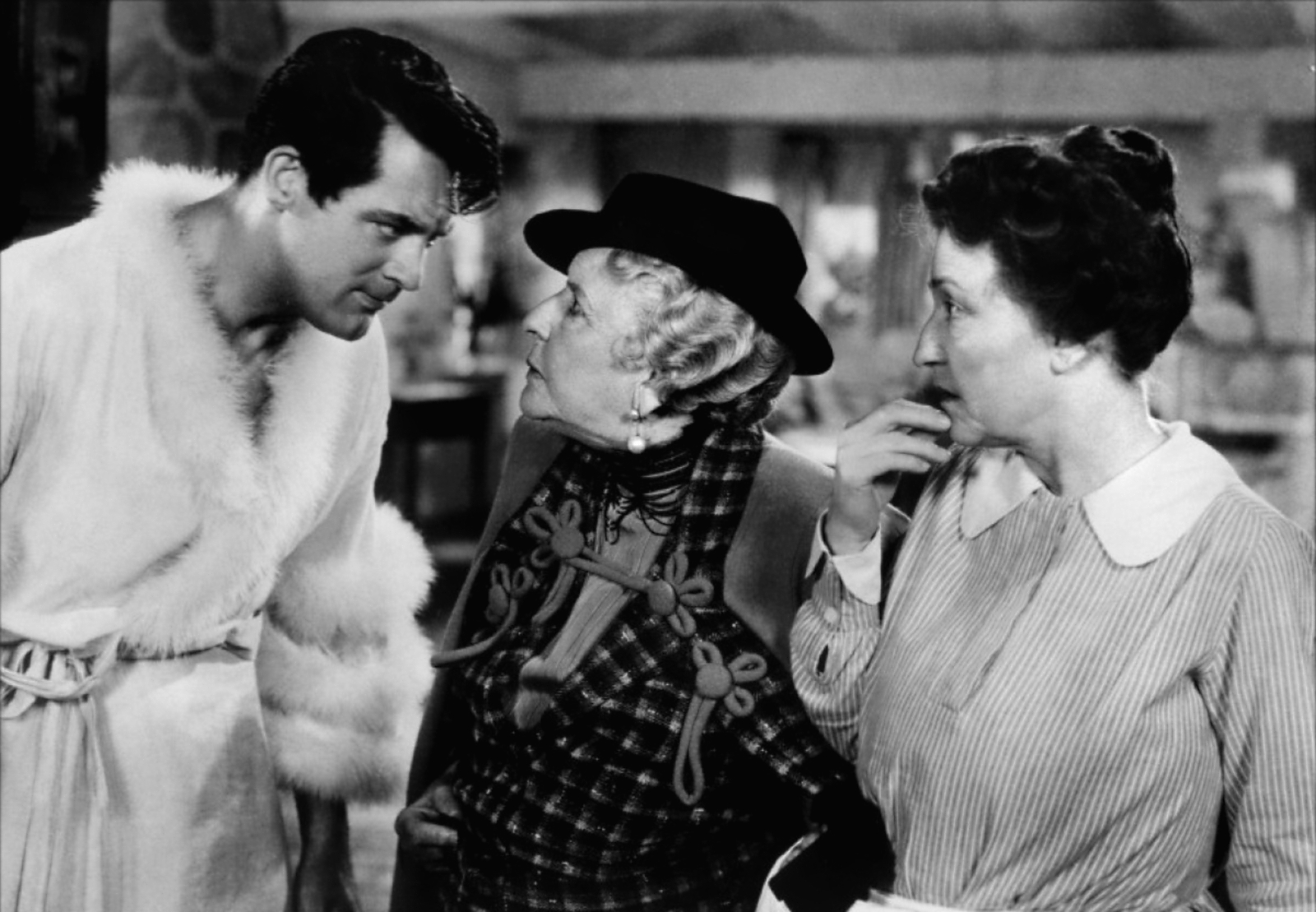 bringing up baby Bringing up baby is another of those wonderful films not fully appreciated at the time of its release, but it has proven itself to be one the the best and funniest of .