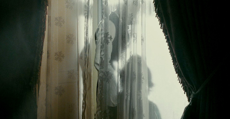 Behind this curtain is a touching father-son moment! Photo: Empire Online