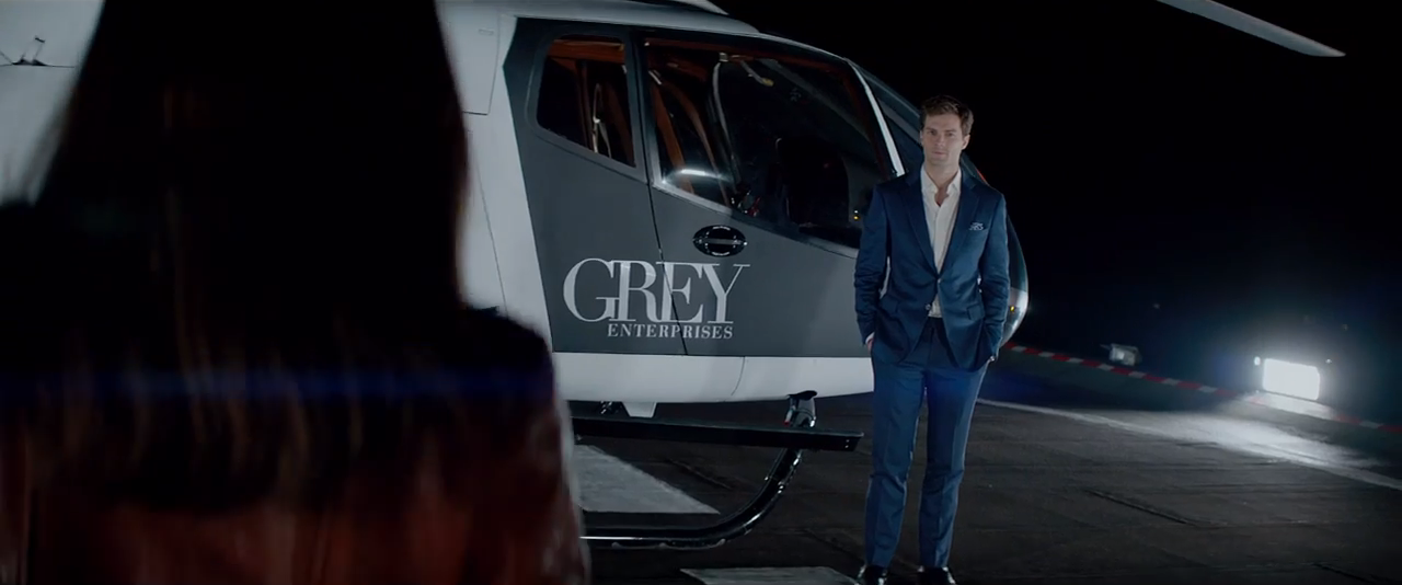 About that fifty shades of grey trailer cinefille for Bett 50 shades of grey